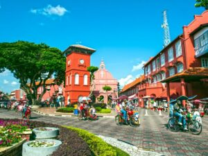 the red stadhuys building - a pit stop from your melaka from kuala lumpur tour