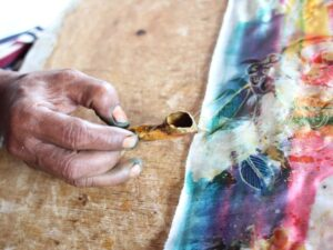 you can try your hands on batik in this batek class bali