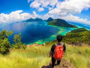 a bohey dulang snorkeling tour in sempoerna sabah will let you see amazing view like this