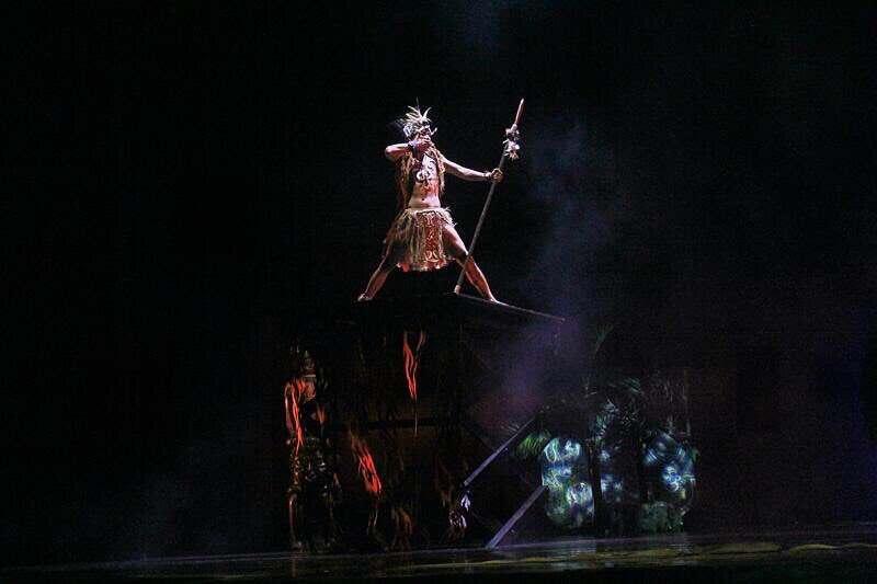 actors in devdan bali performance in indonesia