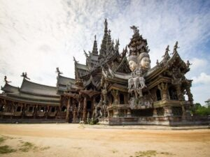 the sanctuary of truth temple in pattaya is a modern temple set by the sea that you can visit with a discount ticket
