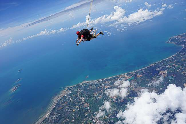 you may try skydiving in pattaya and enjoy the island from above