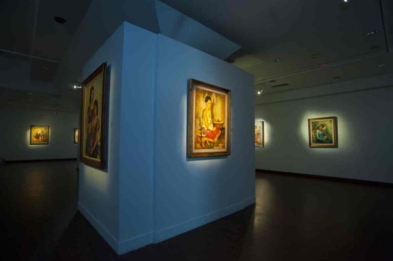 national visual art gallery