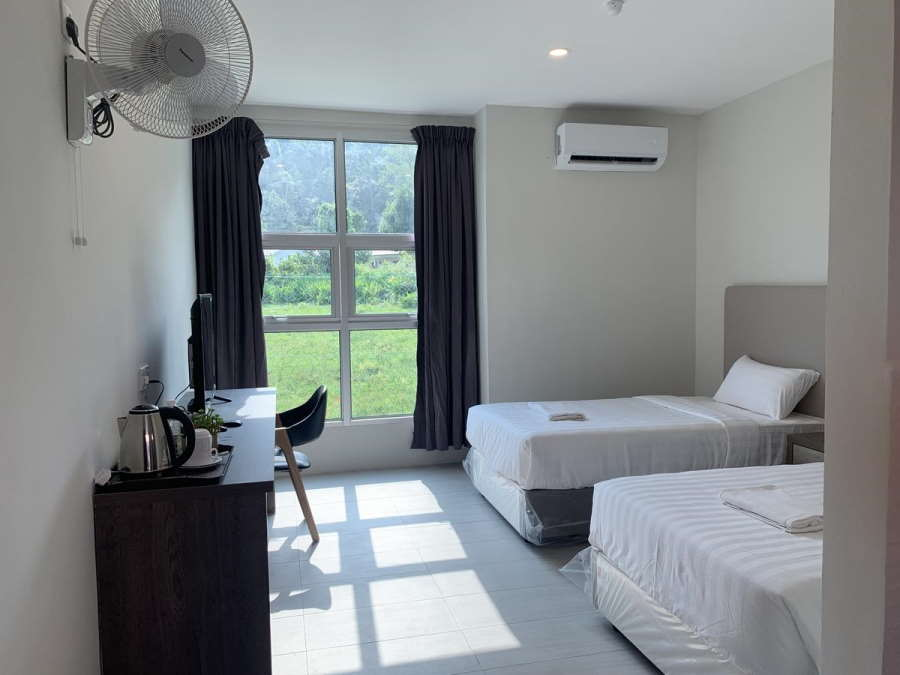 big room at budget price and less than RM 120 per night in the pantai cenang area -- it is hard to beat this unbelievable savings at sassy house resort.